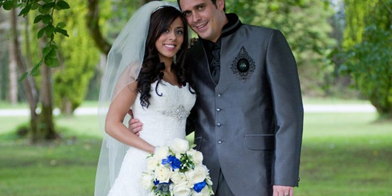 Real Irish Wedding: Shivani Tandon & Jason Scott