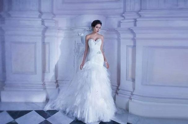 bb4e1afaa038c NI Bridal Shops We Love... Julie Anne Bridal Boutique