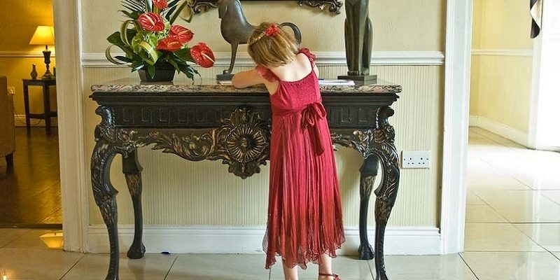 Flowergirl at the Athenaeum House Hotel Waterford