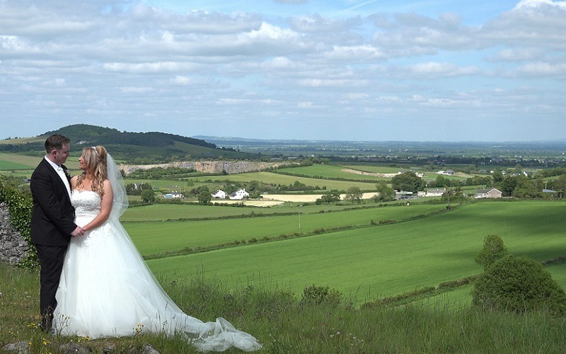 wedding couple irish hills
