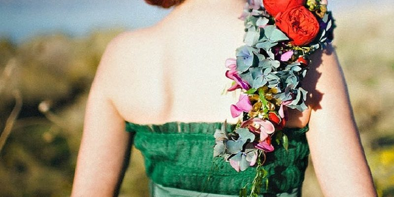 Don't want to carry a traditional bouquet? Go hands free
