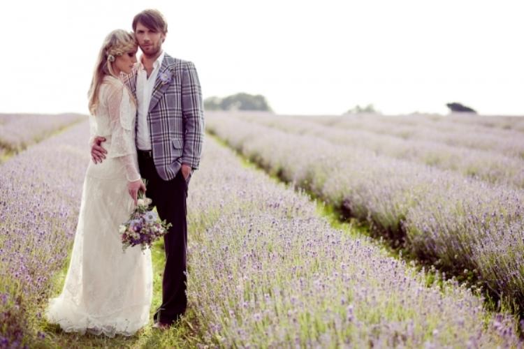 grey and lavender winter wedding