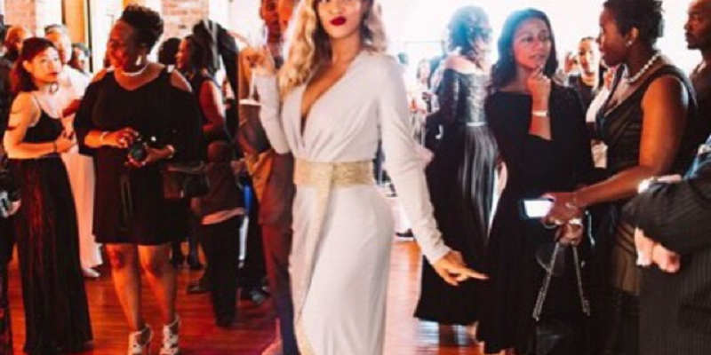 should you wear white to a wedding - Beyonce
