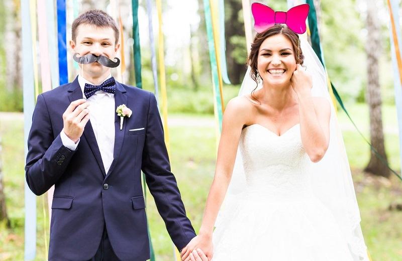 alternative wedding village (2)