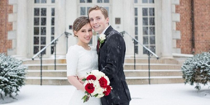 Determined couples brave East Coast blizzard to marry