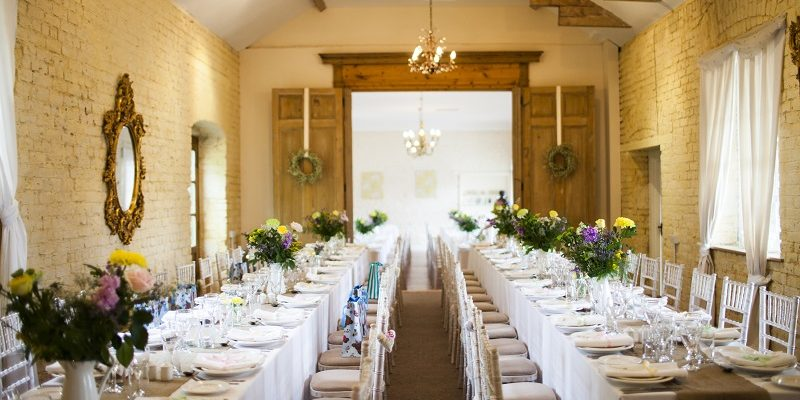 how to style a barn wedding 3