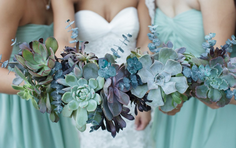 A Guide To The Most Popular Wedding Flowers By Season Wedding