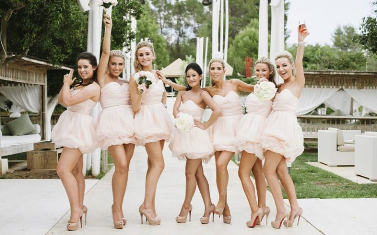 bridesmaid photo opportunities