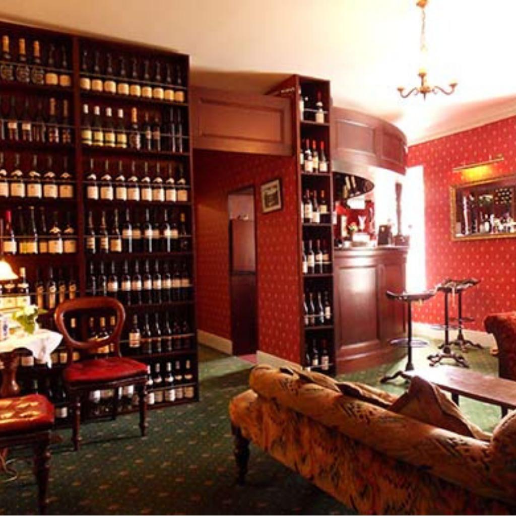 Ghan-House-Hotel-Listing
