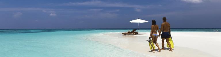 honeymoon on a beach-min