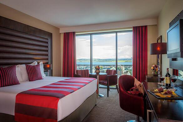 Lough-Rea-Hotel-Bedroom