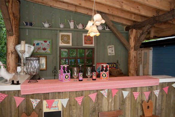 Teapot-Lane-Glamping-BAr