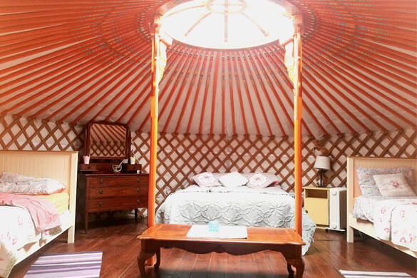 Teapot-Lane-Glamping-Bed