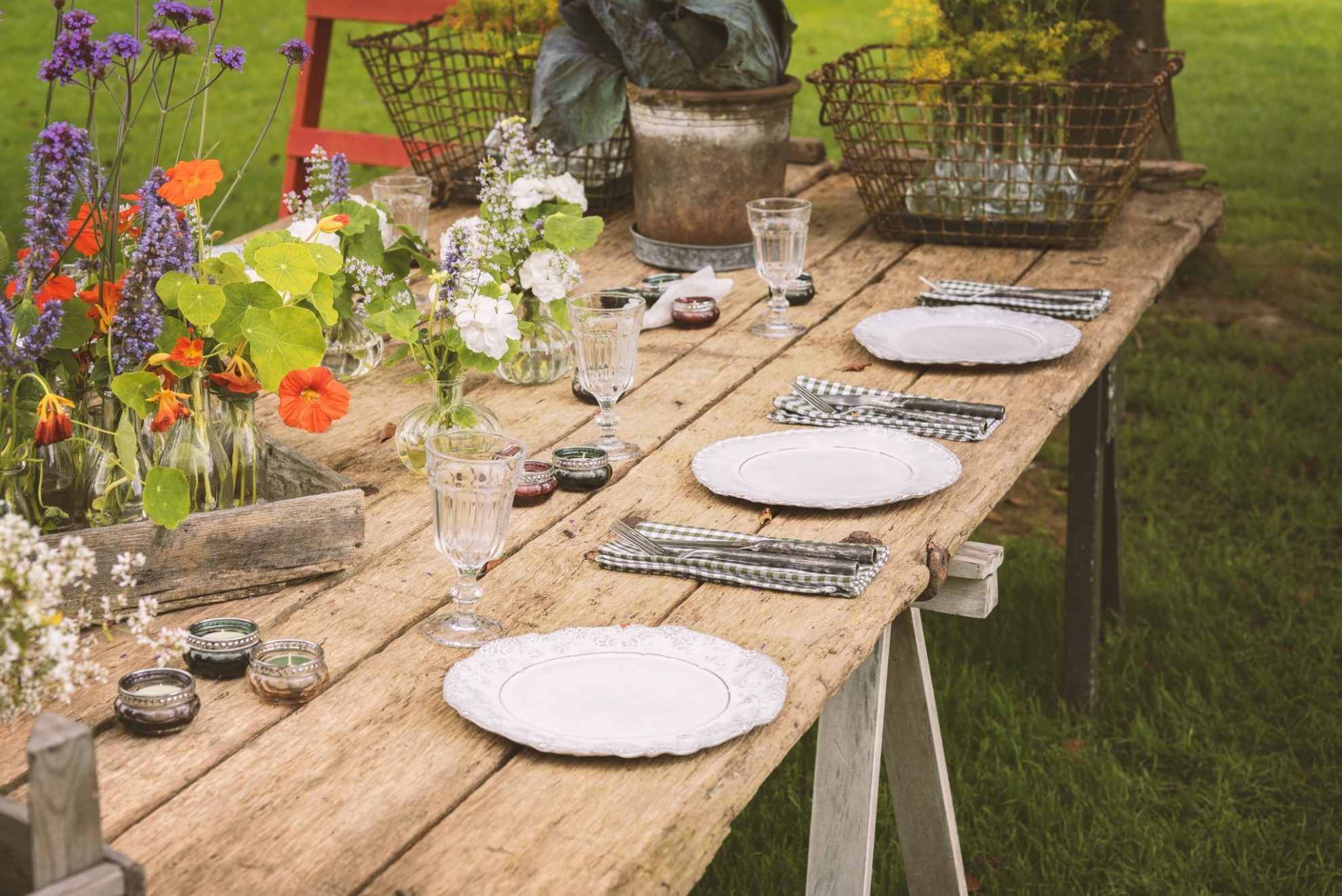 Inspiration For The Perfect Summer Wedding Reception Wedding Journal