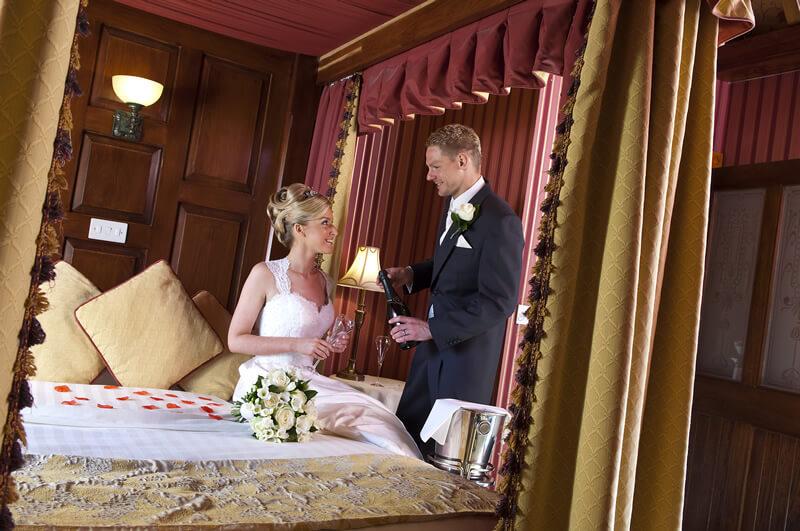 The-Old-Inn-Crawfordsburn-Bridal-Suite