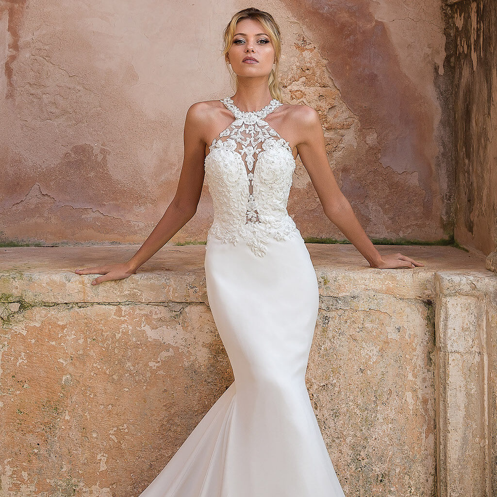 28b6539a3a160 Experience Love Ellie Bridal Boutique
