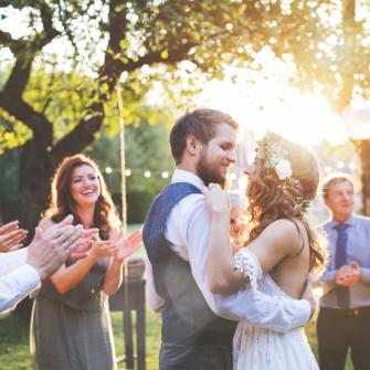 Splashes-of-Colour-Theme-Wedding