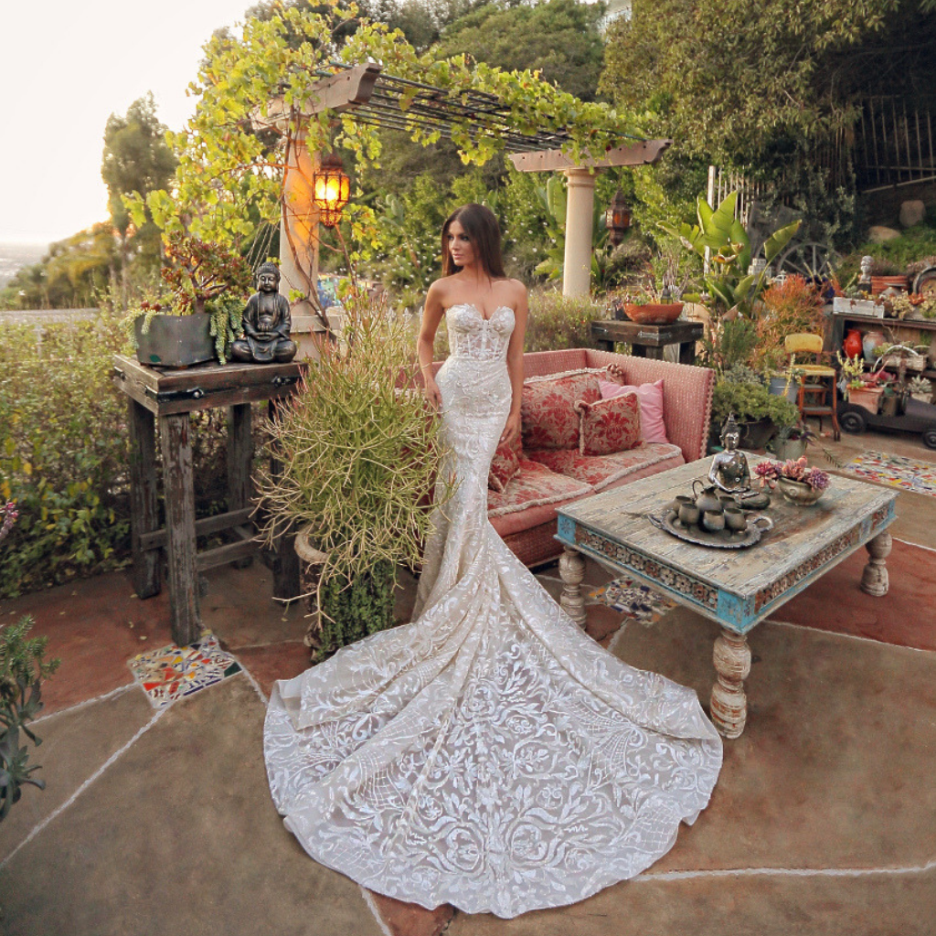 a8b7c84a4 5 Boho Bridal Gowns That Ooze Sex Appeal | Wedding Journal