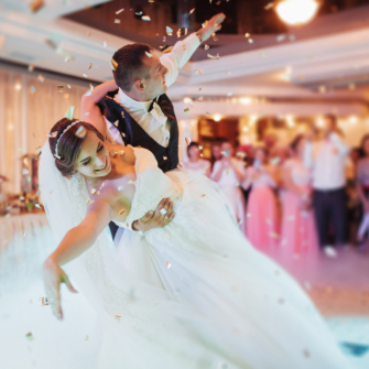 Top-10-Tips-For-A-Fabulous-First-Dance-Featured-Image