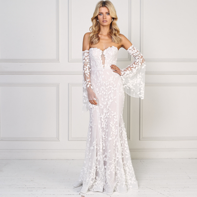 Destination-Wedding-Dress-Gypsey