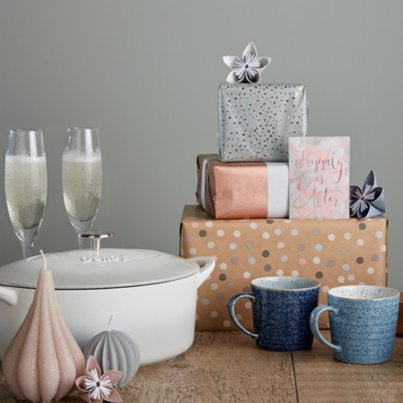 Planning-Feature-Gift-List-Advice-Champagne