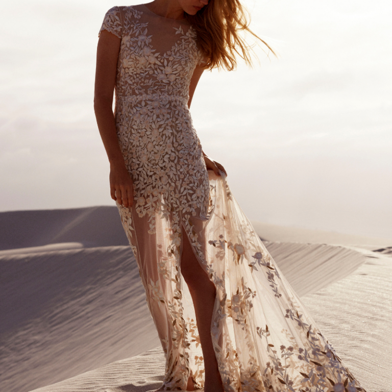 Destination-Wedding-Dresses-Featured-Image
