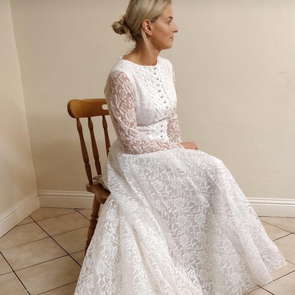 45586dd1b24b Irish Bride Wears Mum's 50-Year-Old Wedding Dress | Wedding Journal