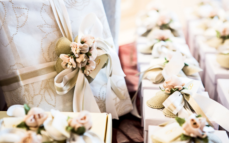 12-Stress-Free-Steps-To-Help-You-Plan -Your-Wedding-Gift-Lists
