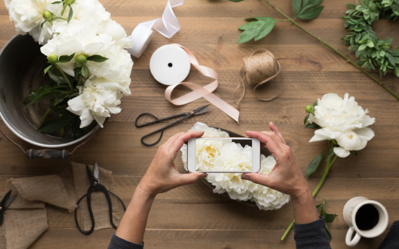 12-Stress-Free-Steps-To-Help-You-Plan -Your-Wedding-Suppliers (1)