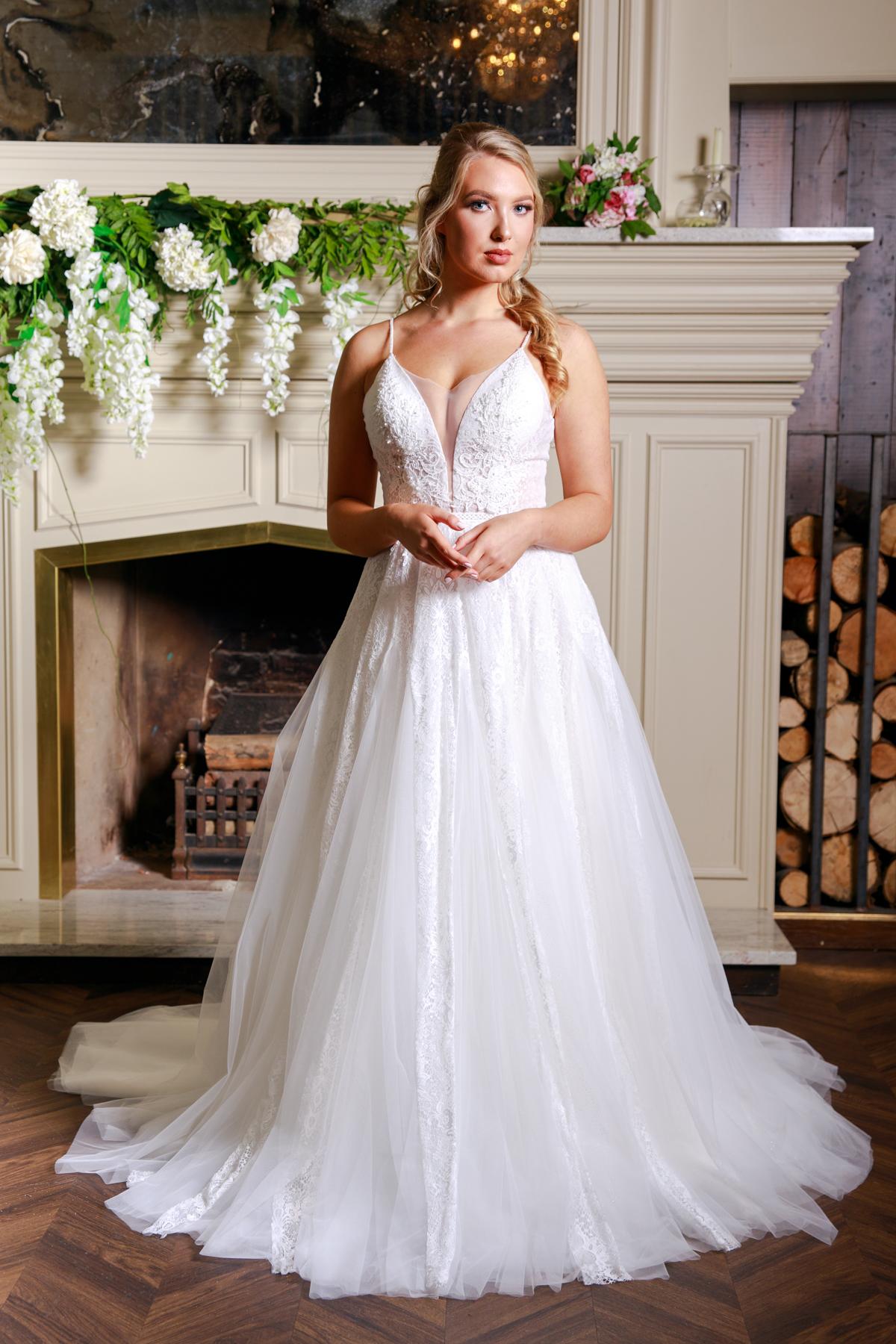 W307-Victoria-Kay-Designer-WJ-Dress-Finder