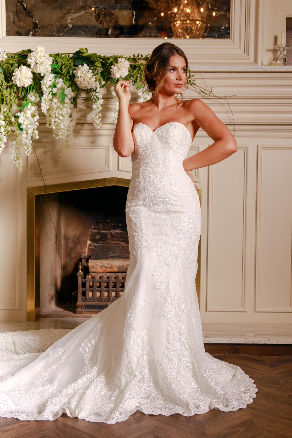 W312-Victoria-Kay-Designer-WJ-Dress-Finder