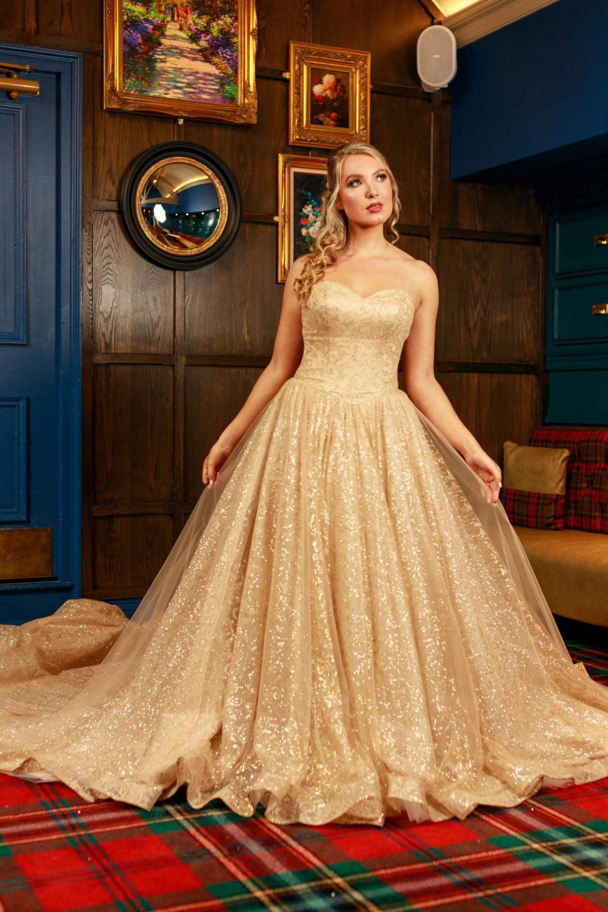 W317-Victoria-Kay-Designer-WJ-Dress-Finder