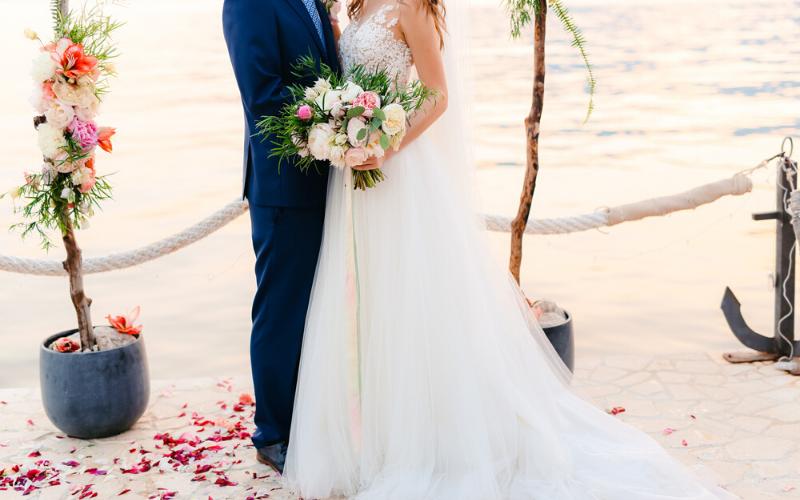 coronavirus-impacted-weddings (1)