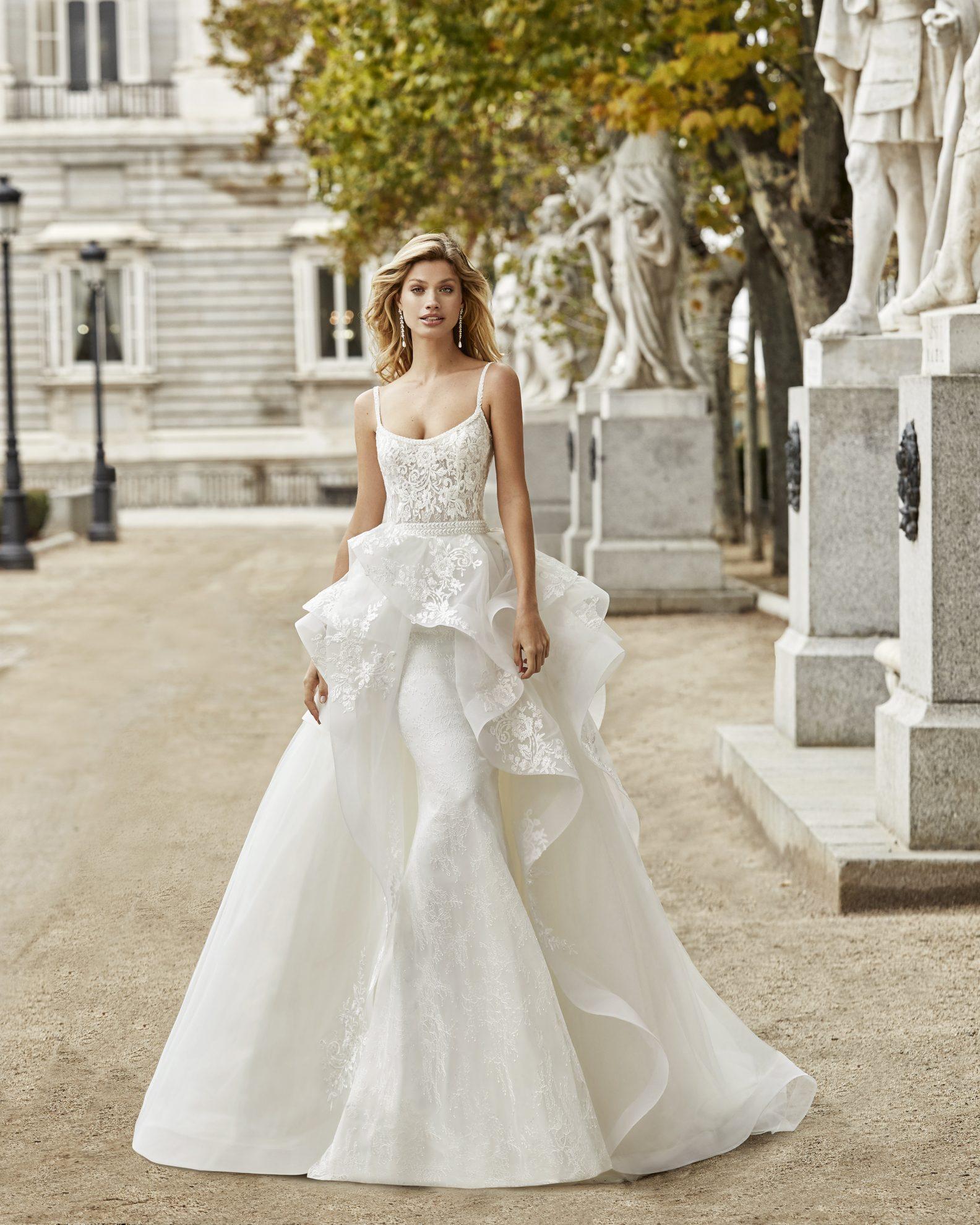 Aire Barcelona wedding dress