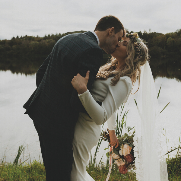Zoe&Niall-Real-Life-Wedding