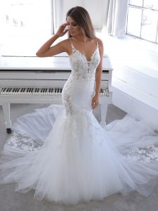 Blu-By-Enzoani-2021-Dress-Finder-Nichelle