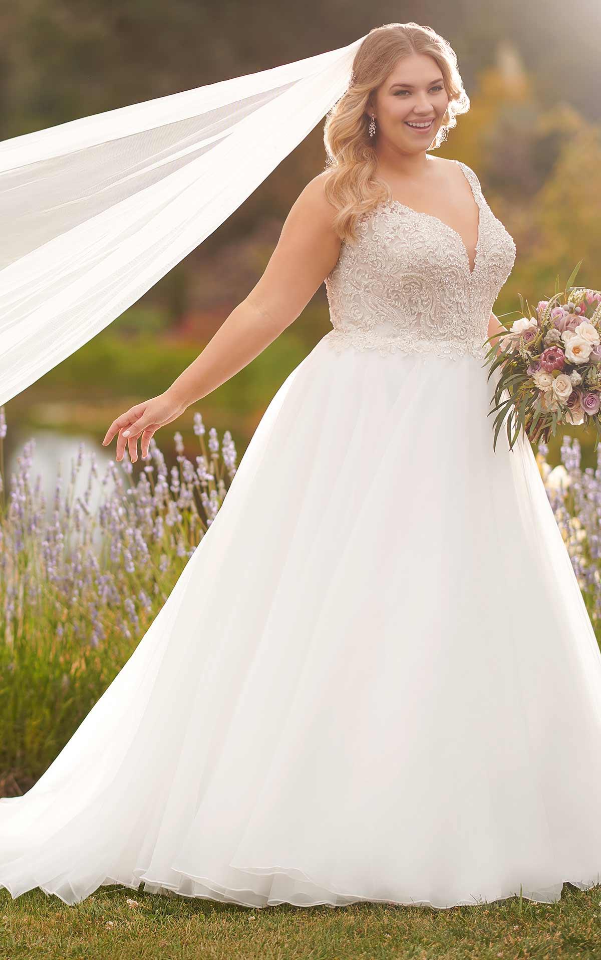 The Curvy Bride S Guide To Plus Size Wedding Dresses Wedding Journal,Second Hand Wedding Dresses Ireland