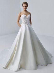 étoile-by-enzoani-2021-Dress-Finderétoile-by-enzoani-2021-Dress-Finder-Adele