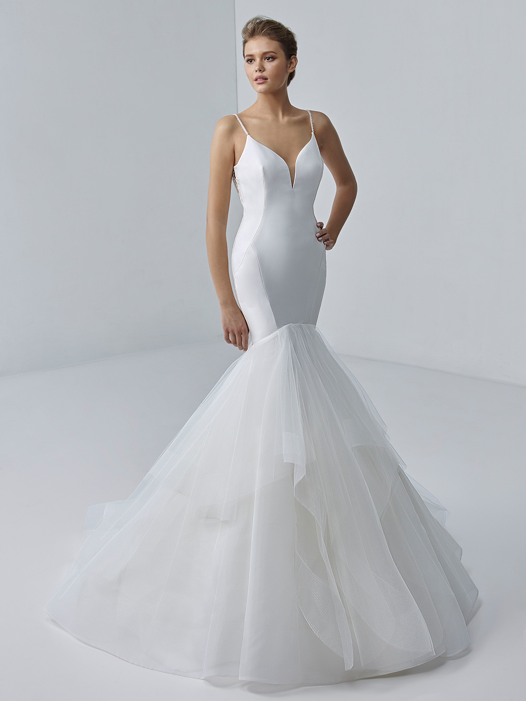 étoile-by-enzoani-2021-Dress-Finder-Brigitte
