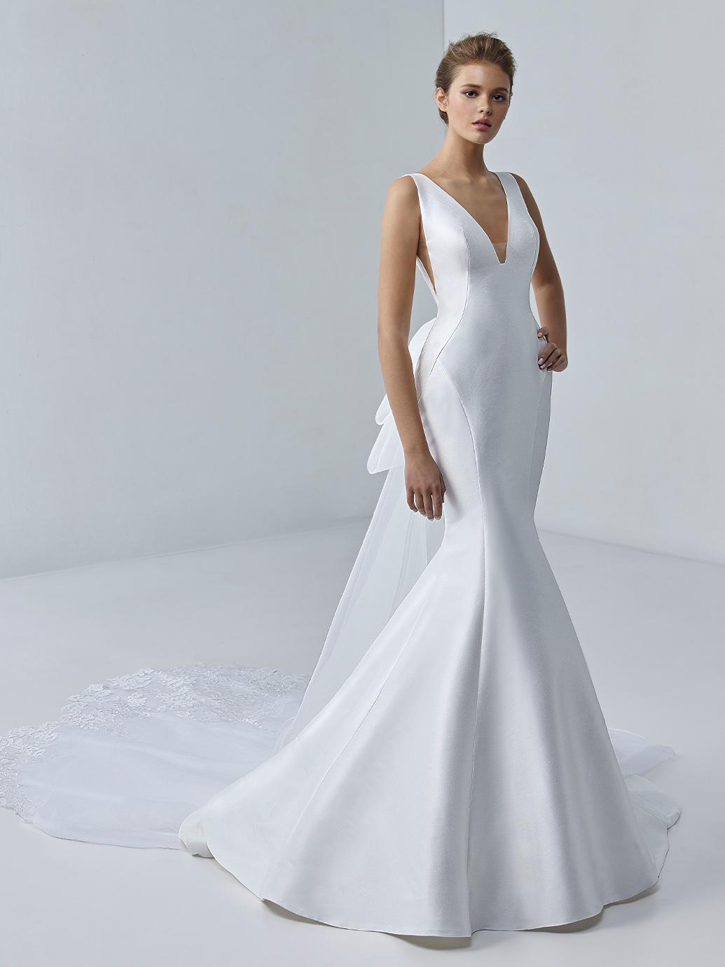 étoile-by-enzoani-2021-Dress-Finder-Cygneau