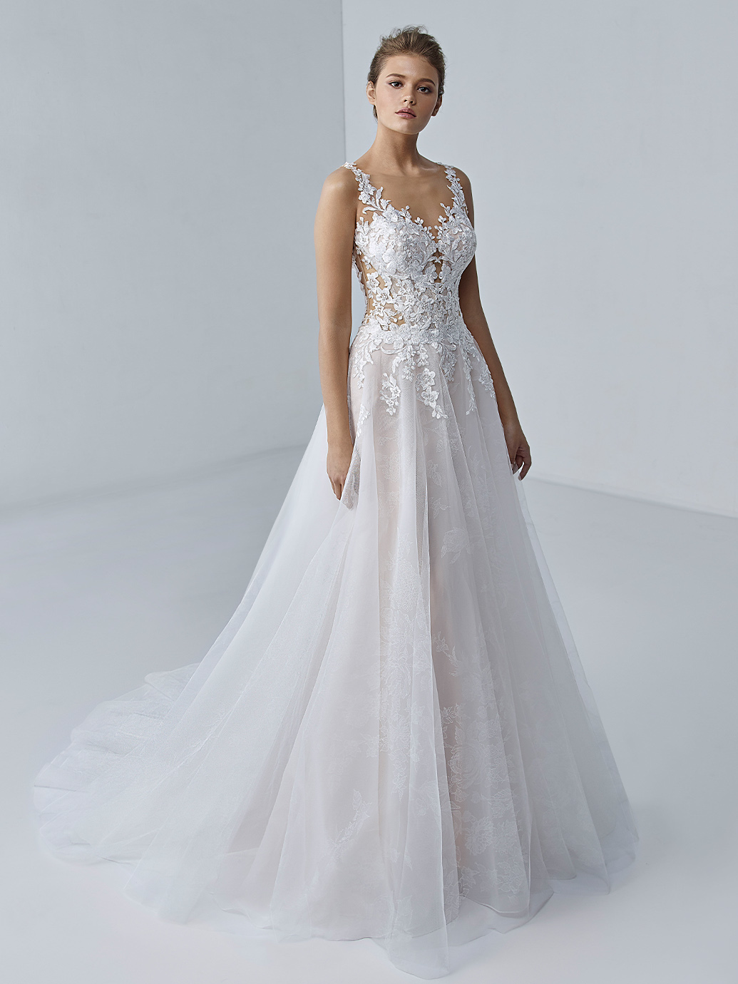 étoile-by-enzoani-2021-Dress-Finder-Ella