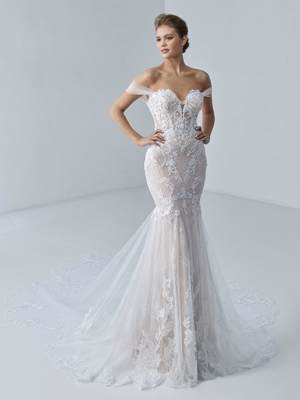 étoile-by-enzoani-2021-Dress-Finder-Evangeline