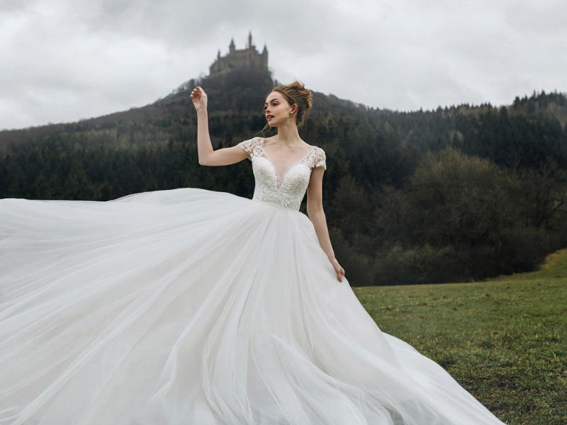 Disney-Bridal-Collection-Allure-Bridals-Cinderella