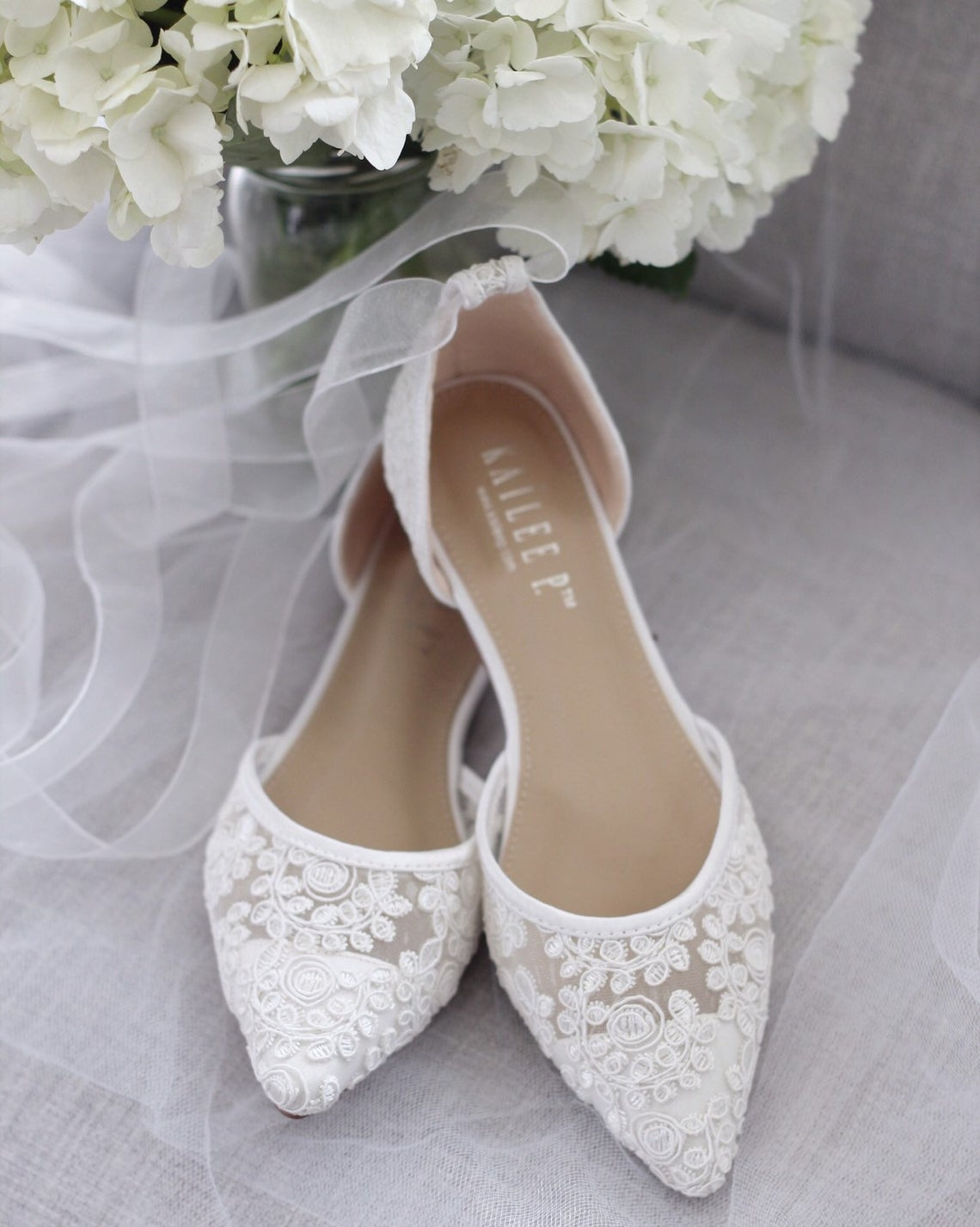 15 Affordable And Gorgeous Flat Wedding Shoes Wedding Journal